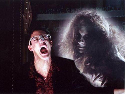 Images horreur fiction for Fantome dans un miroir